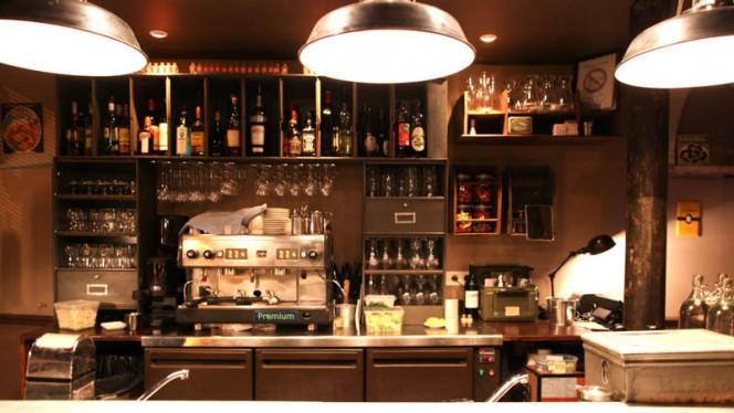 Bar du restaurant - Le Barbe à Papa, Paris