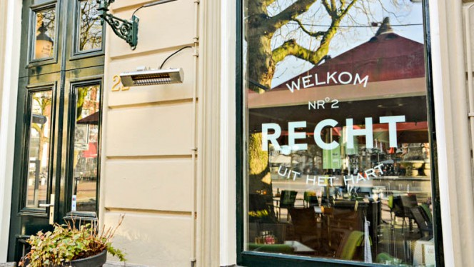 Ingang - Recht Lunch & Diner, Deventer