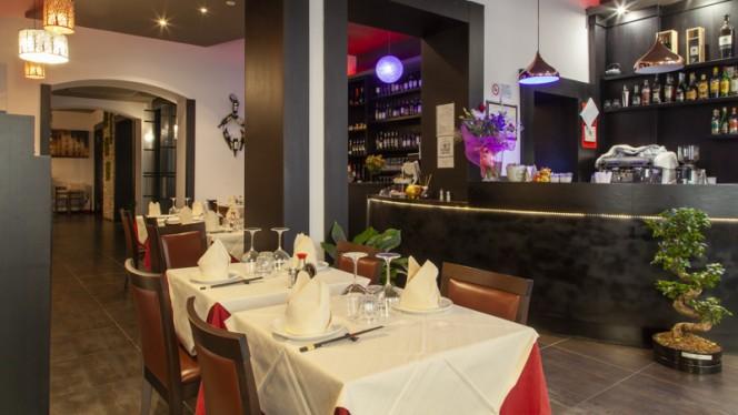 Veduta dell interno - China Gourmet, Milan