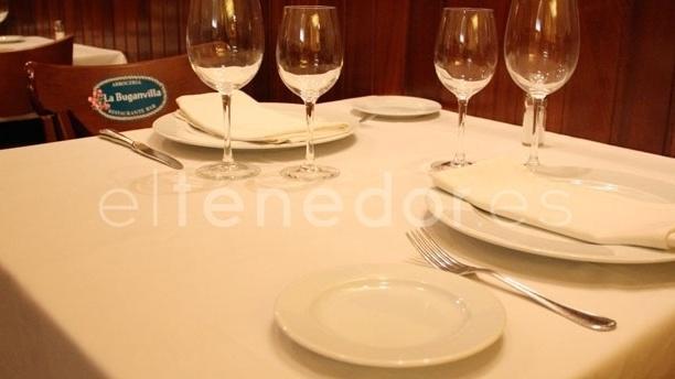 Vista mesa - La Buganvilla Almagro, Madrid