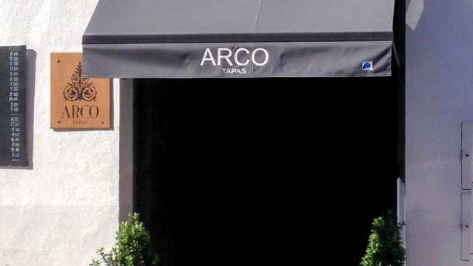 Entrada - Arco Tapas, Sevilla