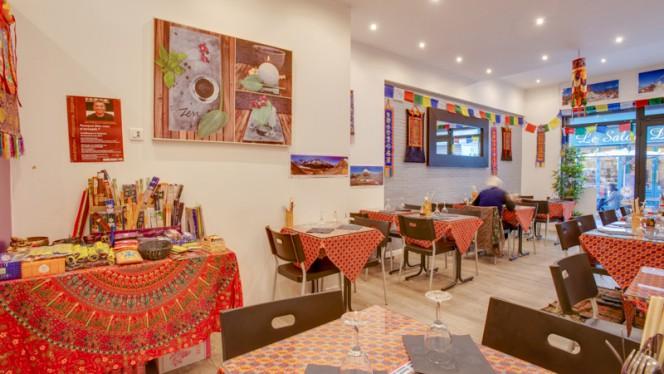 Vue de la salle - Buffet Himalaya, Toulouse