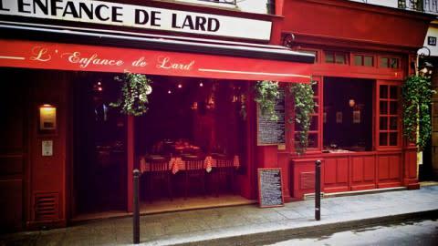 L'Enfance de Lard, Paris