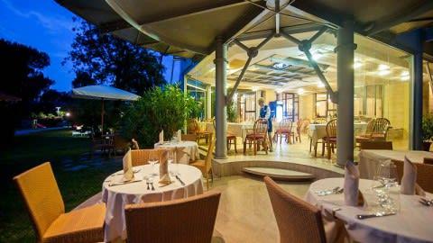 La Dolce Vita lounge bar & restaurant, Forte Dei Marmi