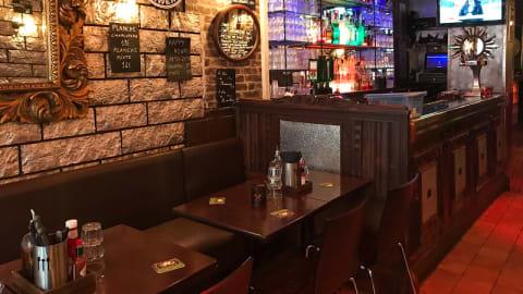 New York Cafe, Paris