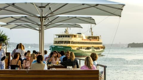 Hugos Manly, Manly