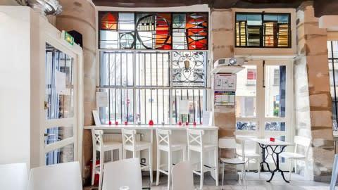 Madame Louis, Paris-4E-Arrondissement