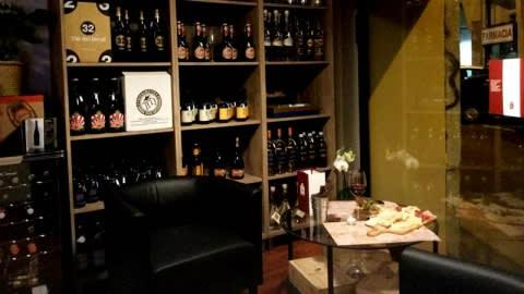 Taglieri e Bicchieri, Milan