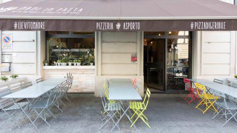 Mani in Pasta, Milan