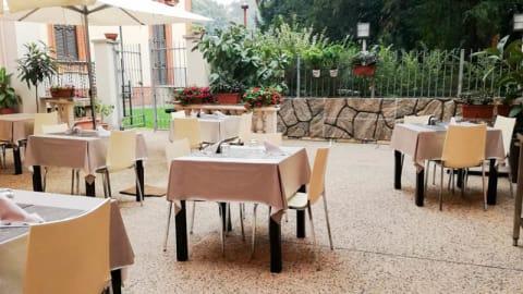 In Villa, Cinisello Balsamo