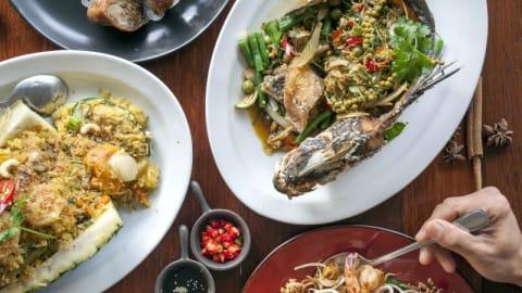 Atom Thai Restaurant, Newtown