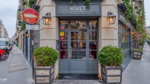 Kult, Paris