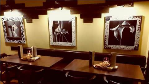 Cafe Americain, Ancona