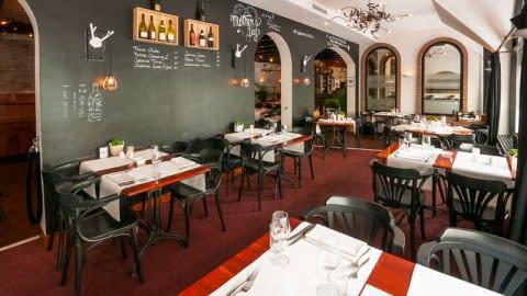 De Brasserie in De Rustende Jager, Nieuw-Vennep