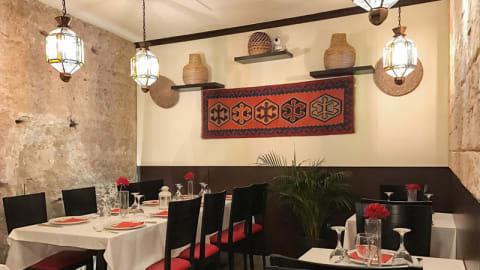 Alcazar Halal Resturante, Sevilla