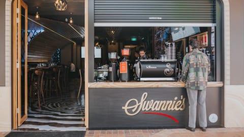 Swannie's Restaurant & Lounge Bar, Southport