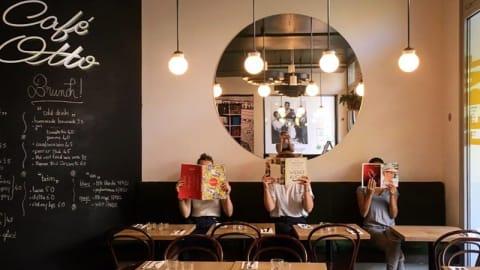 Le Bal Cafe Otto, Paris