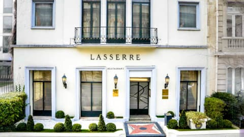 Lasserre, Paris