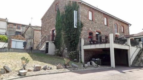 Les Pierres Folles, Rozier-en-Donzy