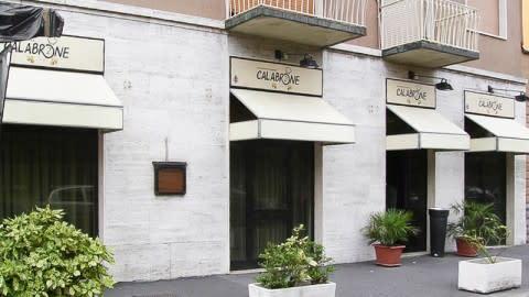 Calabrone 2, Milan