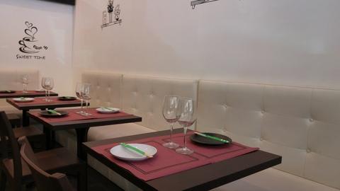 Caronte's Café, Madrid