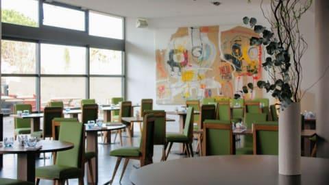 Le Victor Café - New Hotel of Marseille, Marseille