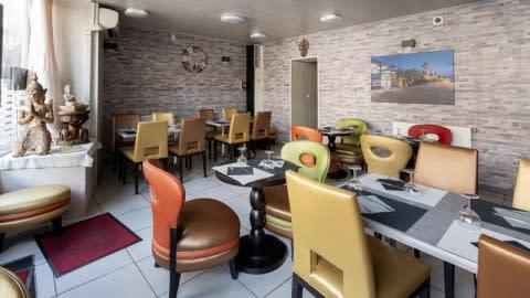Cafe Colombo, Lyon