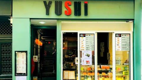 Yushi, Paris