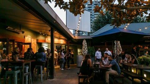 Albion Hotel, Parramatta