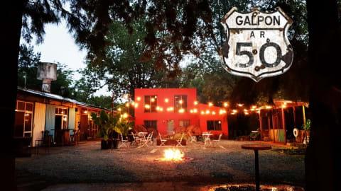 Galpon 50, Pilar