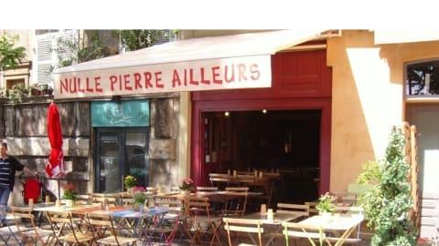 Nulle Pierre Ailleurs, Lyon