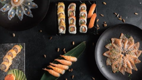 Fabric Sushi Nikkei (Al Río), Vicente López