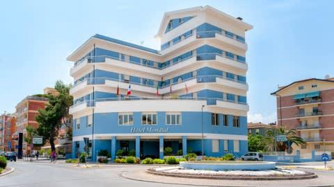 "Hotel Mondial Ristorante ""BISTRÔT STORANI"", Porto Recanati"