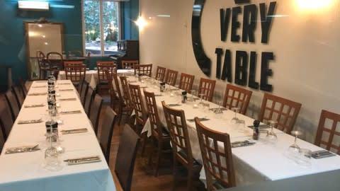 O very Table Mermoz, Marseille