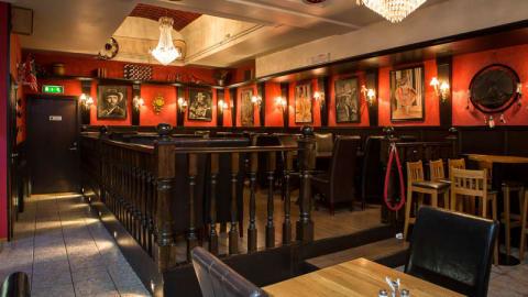 Dollys kök och bar, Stockholm