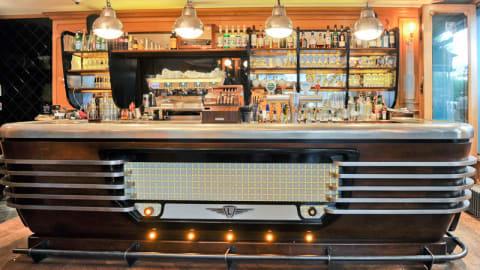 Café Lamartine, Paris