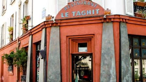 Le Taghit, Paris