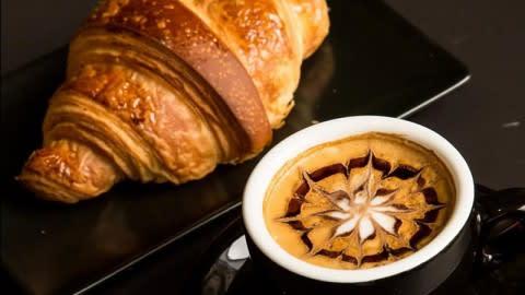 CAFE ROLLIN Specialty-Coffee & Bar, Paris