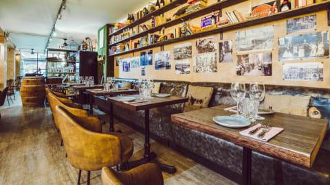 Sasha Bar - It`s Not a Mexican Bar !, Barcelona