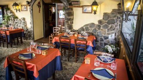 Ara Anua, Frascati