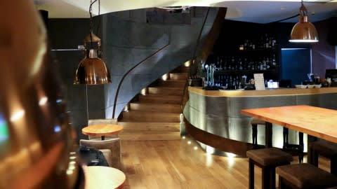 Lotus Bar & Bistro, Lisbon