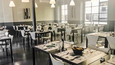 Baobab Café, Milan