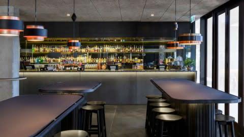 Ostani Bar and Restaurant, Barton