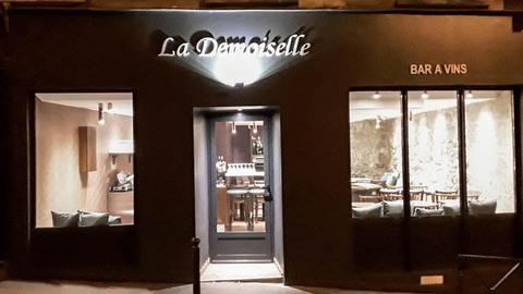 La Demoiselle, Paris