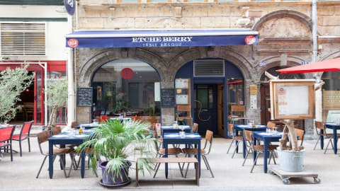 Etcheberry, Lyon