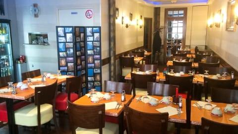 Crêperie Pizzeria Saint Cyrille, Paris