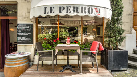 Le Perron, Genève