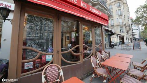 Entre les Vignes, Paris