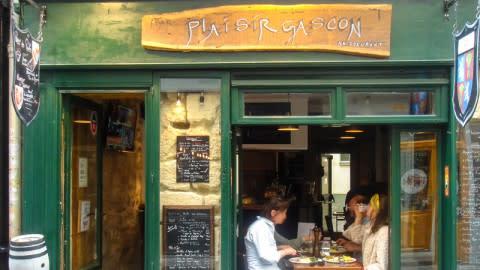 Plaisir Gascon, Paris