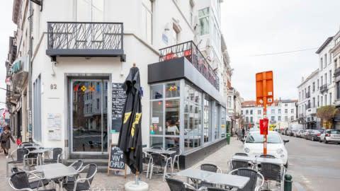 Roxi, Ixelles